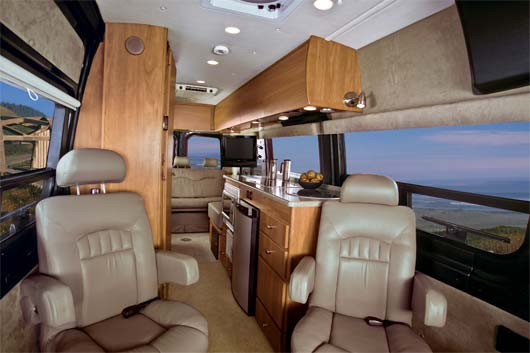 2009-Winnebago-ERA-interior2